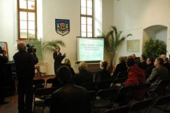 konferencja-i-wystawa-o-grodzisku-w-gieczu-12-10-2011-01