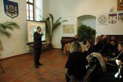 konferencja-i-wystawa-o-grodzisku-w-gieczu-12-10-2011-13