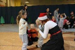mikolajki-dla-dzieci-04-12-2011-040