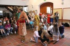 familijny-podwieczorek-teatralny-guliwer-19-06-2011-015