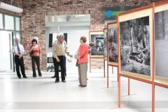 """Wernisaż wystawy fotografii \""""Bogatynia 2010 - Po wielkiej wodzie\""""-27.04.2012"""